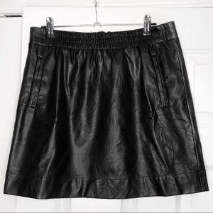Ann Taylor Loft Black Faux Leather Skirt w/pockets